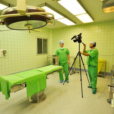 SOTE-kardiológia-műtétközvetítő
