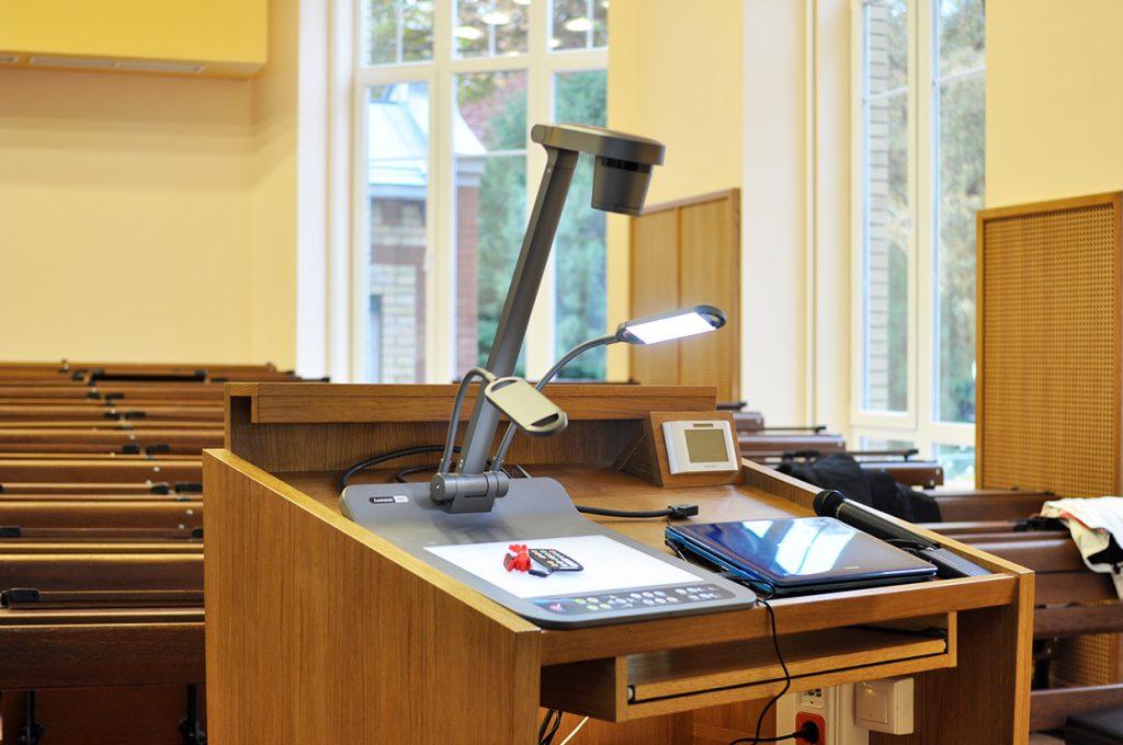 SOTE-szemészet-lumens-dokumentumkamera
