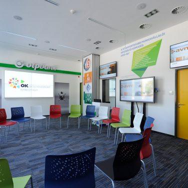 avm-ok-központ-multifunkciós-terem